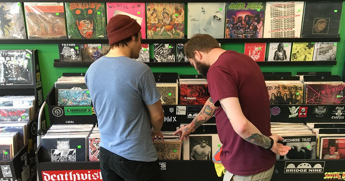 record store, weird, guy, close, shopping