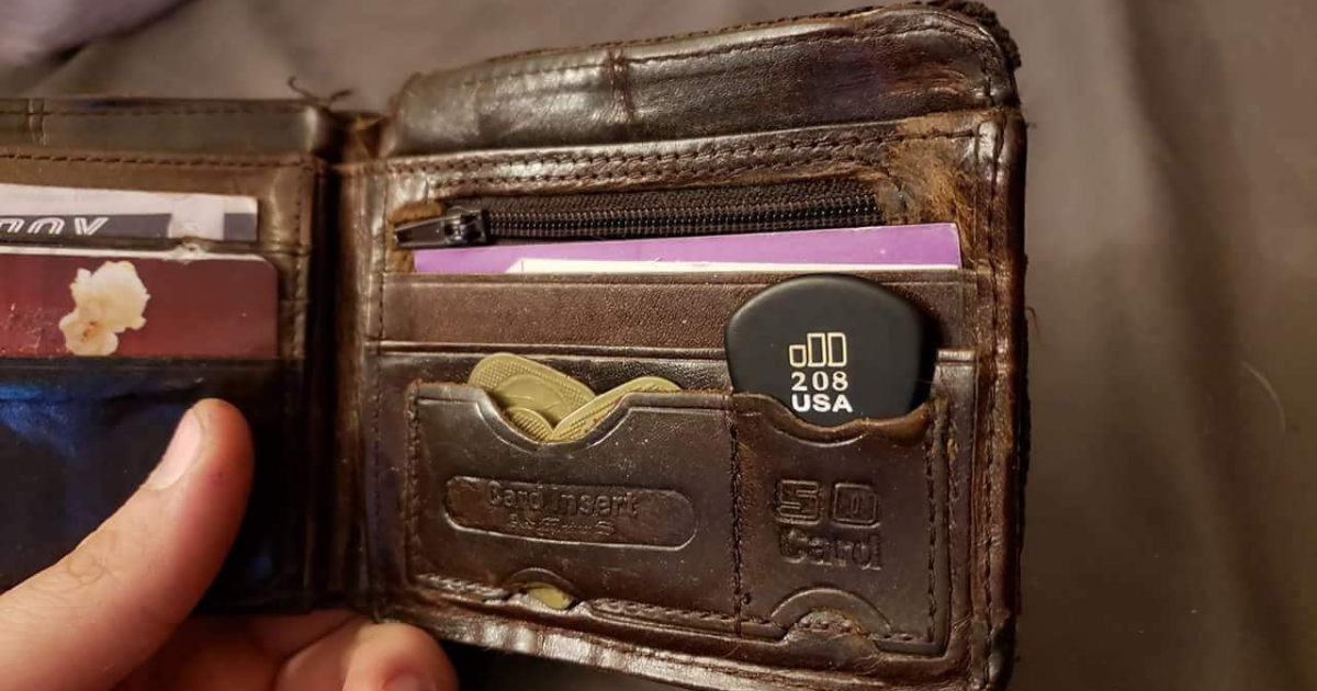 pick, wallet, just in case