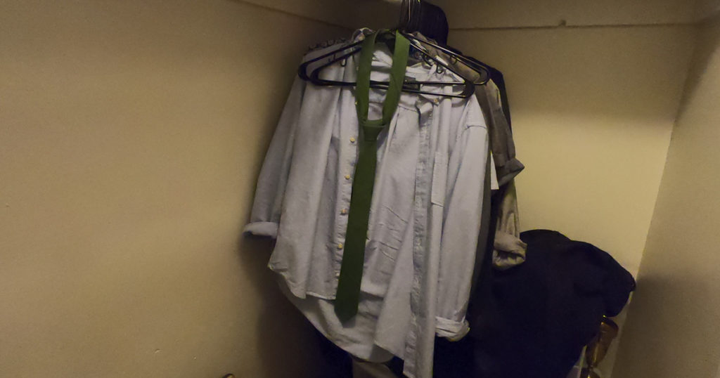 tie, closet, knotted