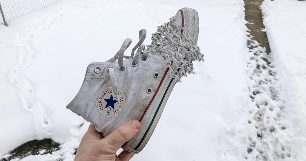 chucks, converse, cons, chain, winter