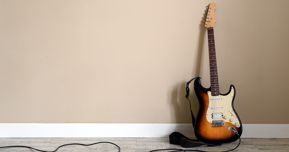 squier, strat, forever home
