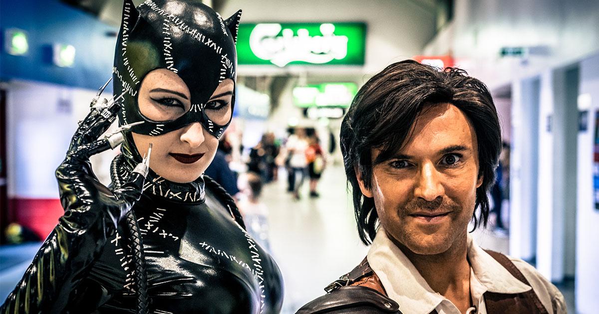 Comic Con Hook up costume meilleur site de rencontre pour ma mère
