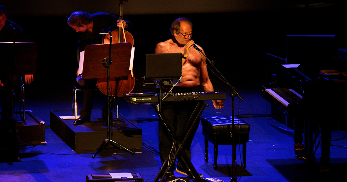 Hans zimmer, opera house, shirtless