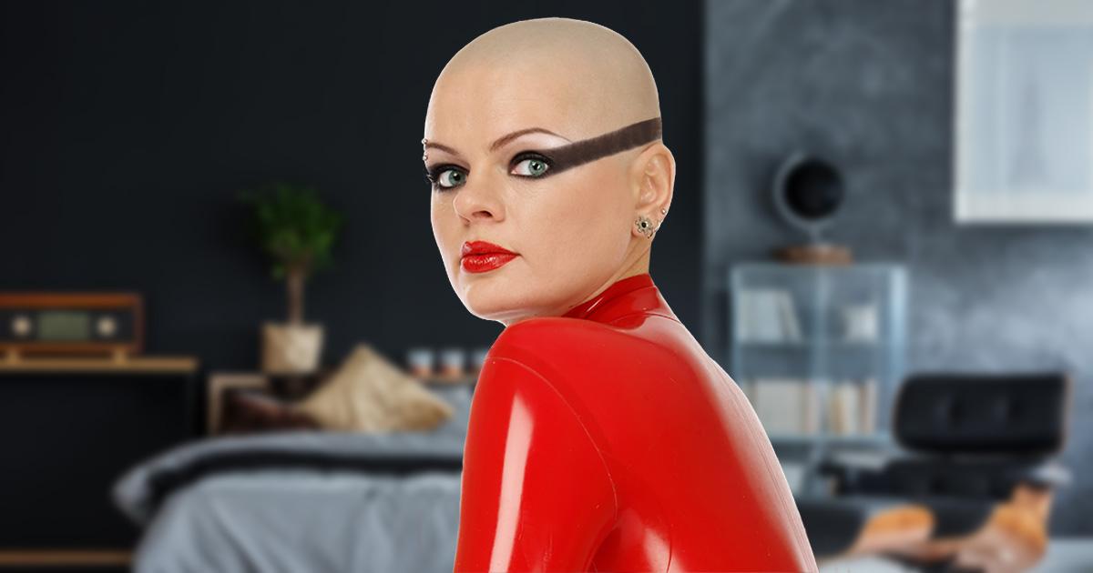 eyeliner, wings, shaved head