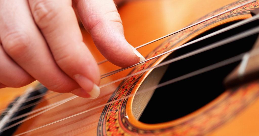 fingernails, gross, long, guitar, classical guitar