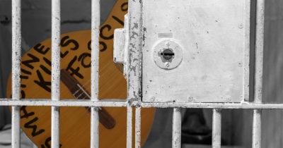 guthrie, woody, guitar, fascist, jail