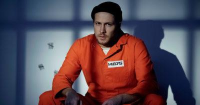 prison, jumpsuit, orange, hat, number, cell, bars, cold