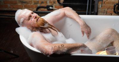 bath, bubbles, soap, tub, water, soak, dirty, tattoo, beard, dreads, gross, smelly