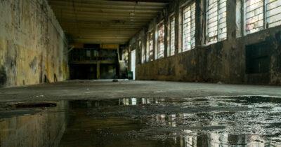 weird, puddle, venue